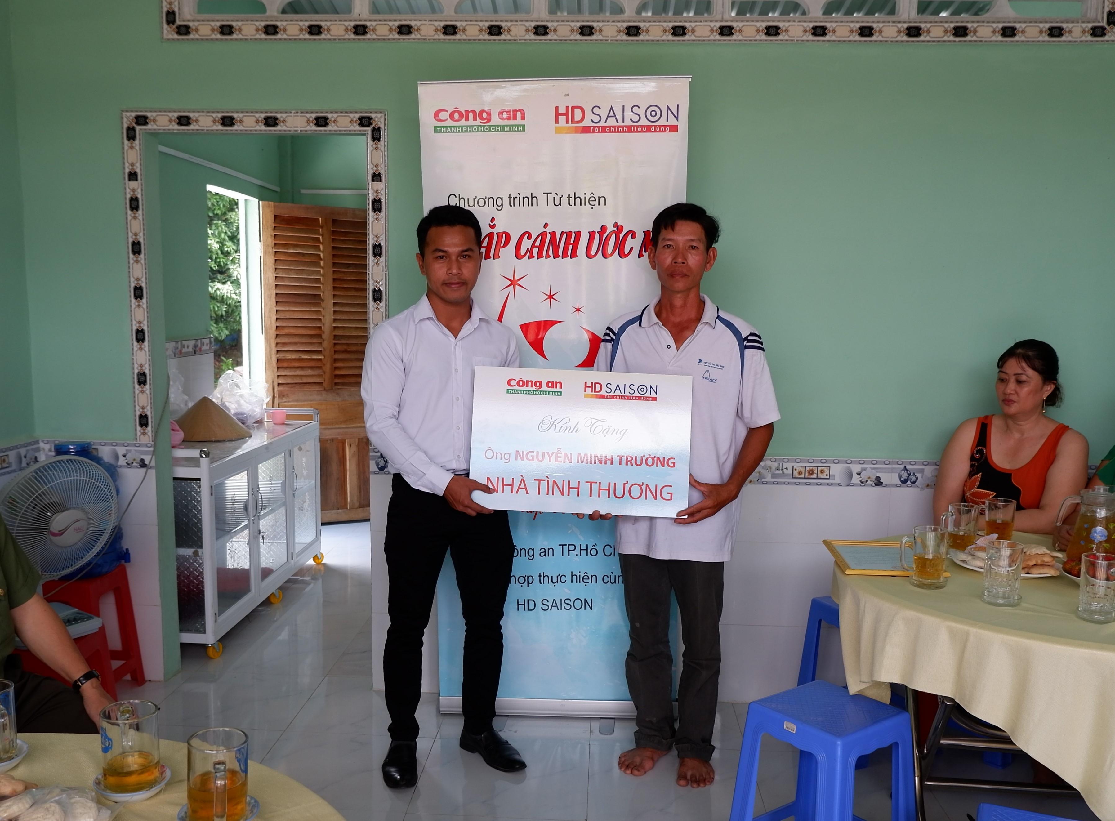 HD SAISON trao tặng nhà tình thương ở Cần Thơ